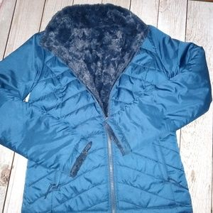 North Face Women's Mossbud Reversible size small